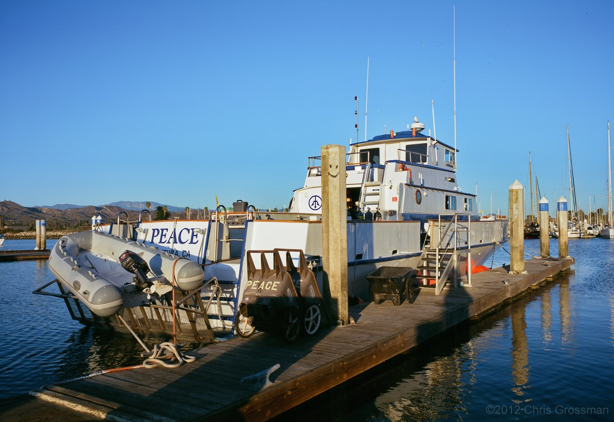 The Peace dive boat